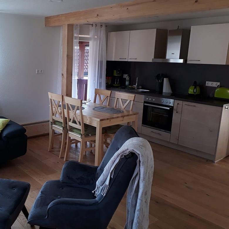 Lamm-Spiegelberg-Jux-Kueche-Wohnung-1-780px